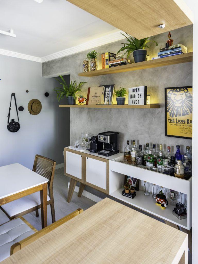 Una casa de playa en un departamento de ciudad por W4 Arquitetura 3