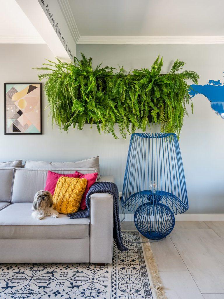 Una casa de playa en un departamento de ciudad por W4 Arquitetura 19