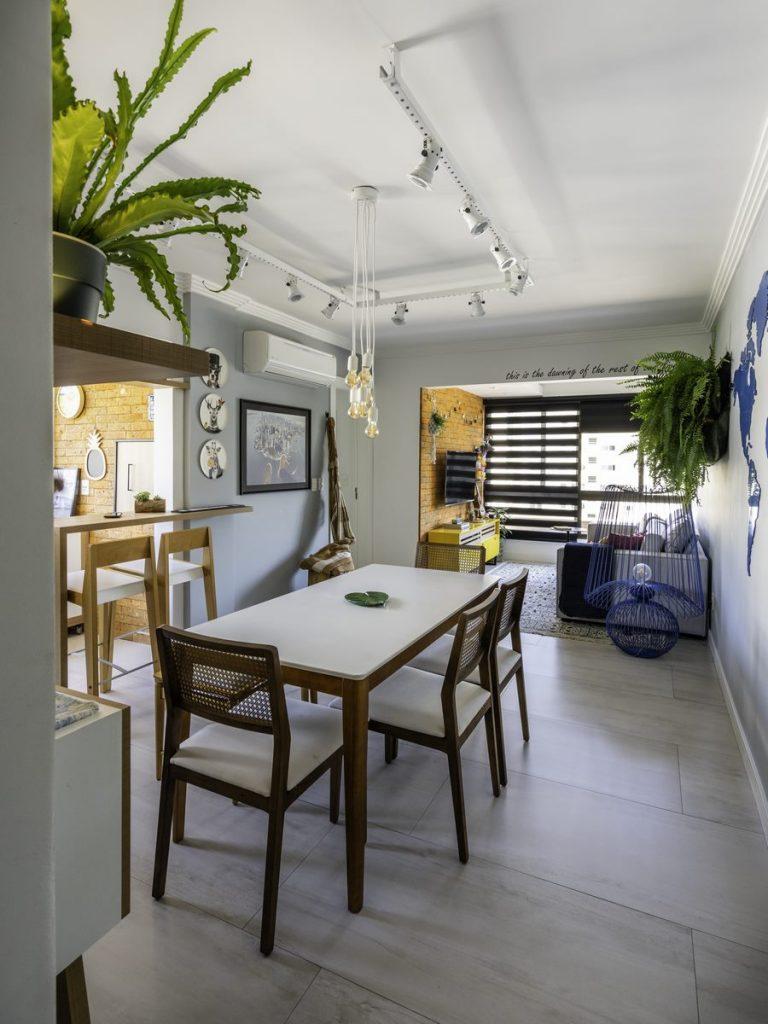 Una casa de playa en un departamento de ciudad por W4 Arquitetura 2