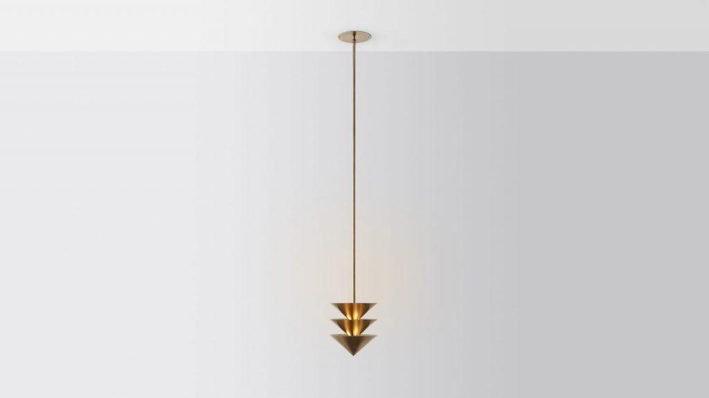 Iluminación con forma piramidal pensada por Volker Haug Studio 8