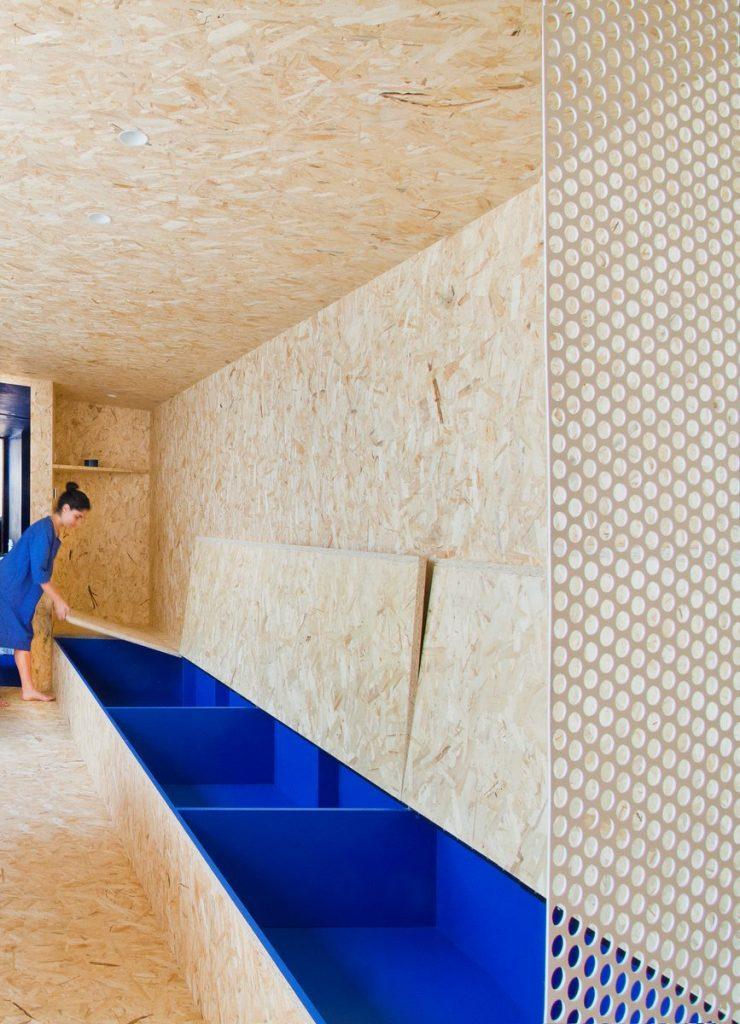 """Una """"Cabina urbana"""" con un toque persa en 25 m2 25"""