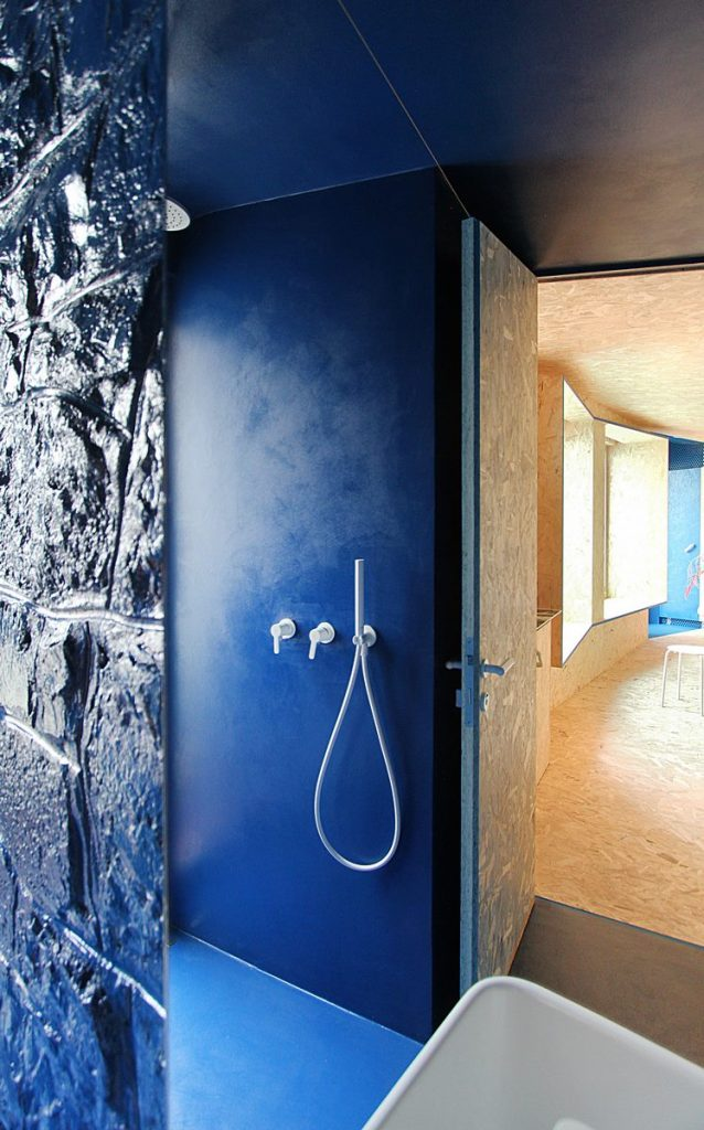 """Una """"Cabina urbana"""" con un toque persa en 25 m2 31"""