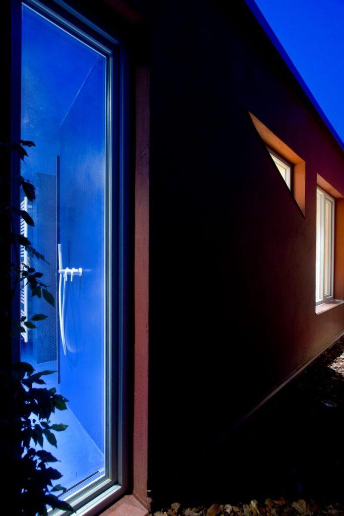 """Una """"Cabina urbana"""" con un toque persa en 25 m2 5"""