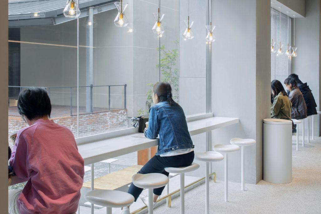 Proyecto de renovación de la comunidad artística de M WOODS 10
