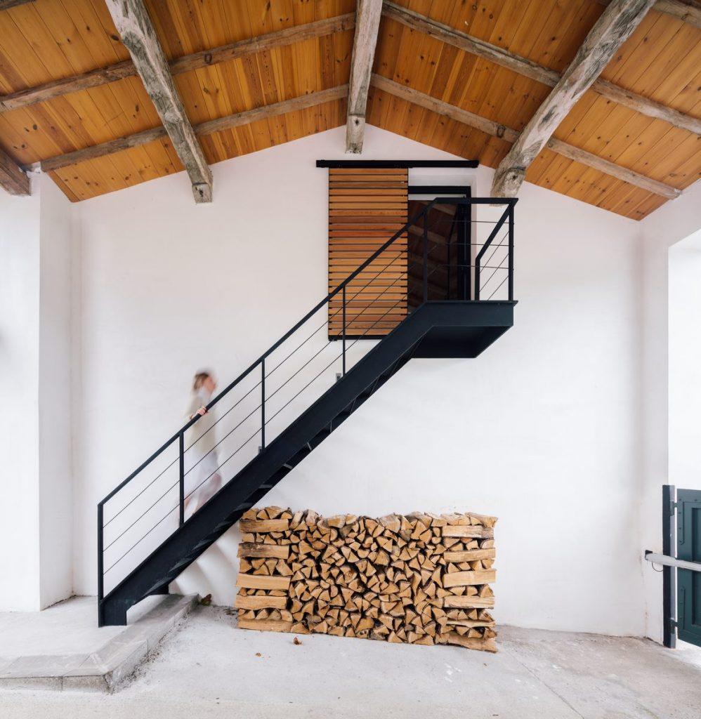 Vivienda en Güemes, reconversión de un establo en vivienda 27