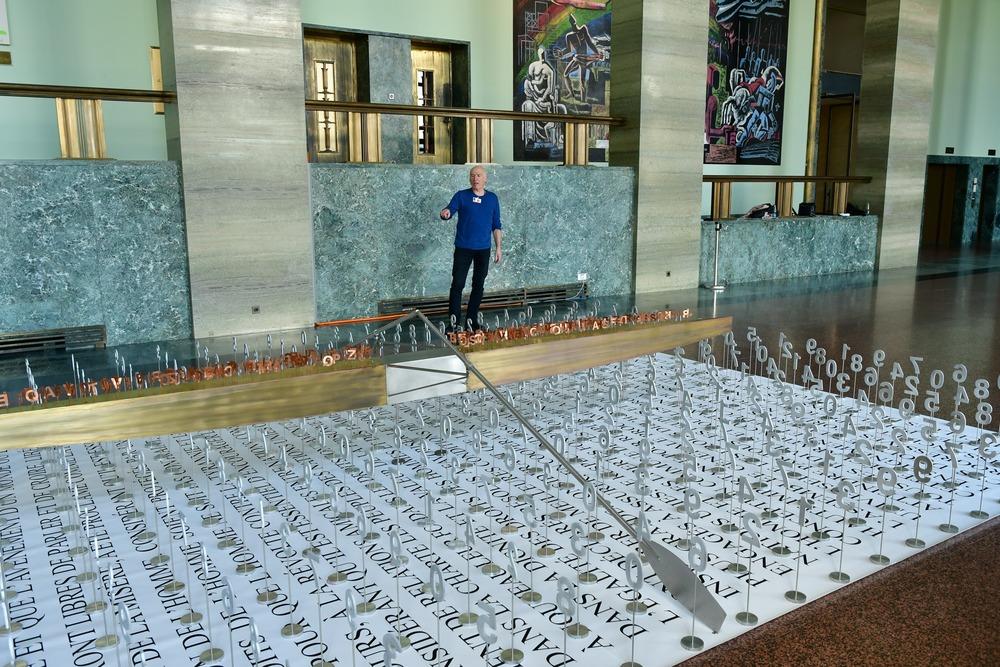 Exposición Brigitte Bouchard de Jacek Jarnuszkiewicz en la ONU 5
