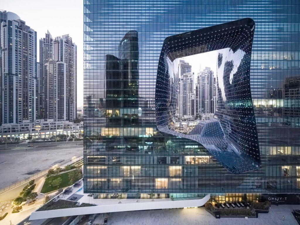 """Finalmente se completó """"ME Dubai hotel en el Opus"""". Un proyecto 100% diseño de Zaha Hadid. 1"""