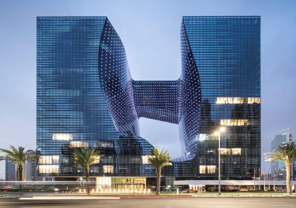"""Finalmente se completó """"ME Dubai hotel en el Opus"""". Un proyecto 100% diseño de Zaha Hadid. 20"""