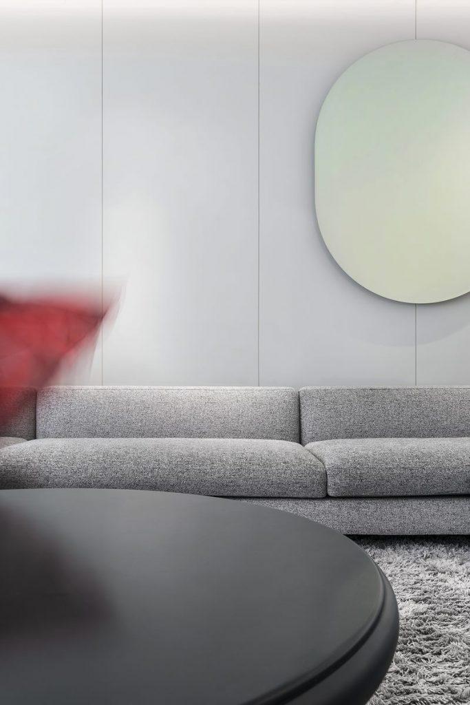 Una casa geométrica minimalista 4