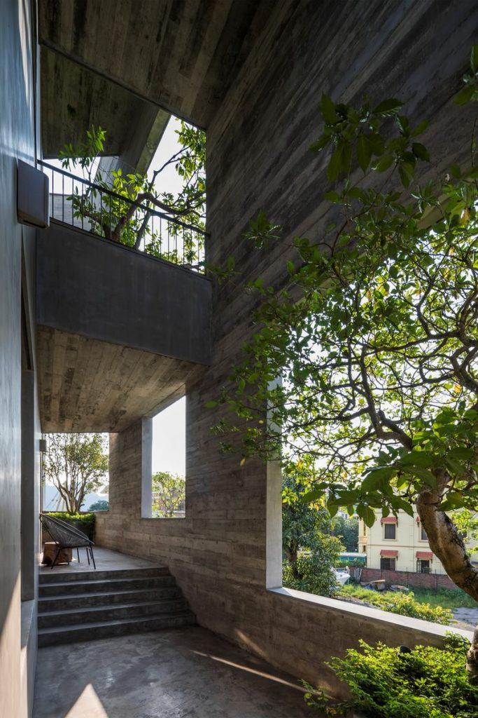 Ha Long Villa alberga la naturaleza en su interior 16