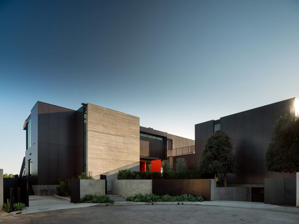 La escala paisajística más grande de Los Ángeles en Collywood 3
