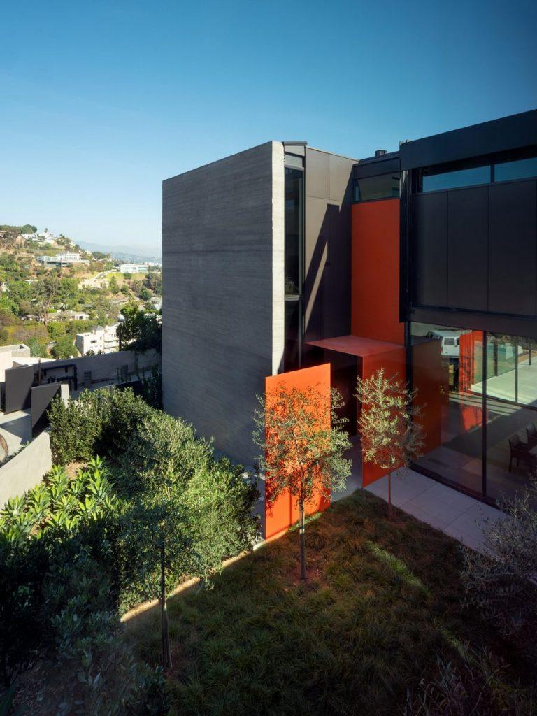 La escala paisajística más grande de Los Ángeles en Collywood 4
