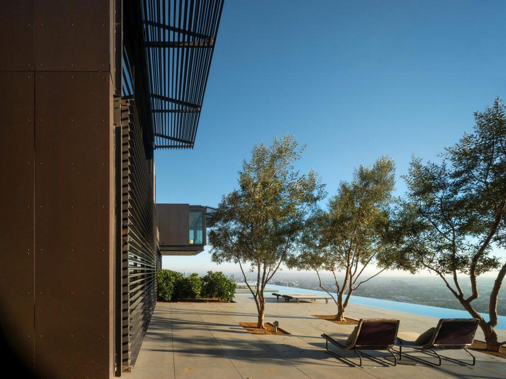 La escala paisajística más grande de Los Ángeles en Collywood 29