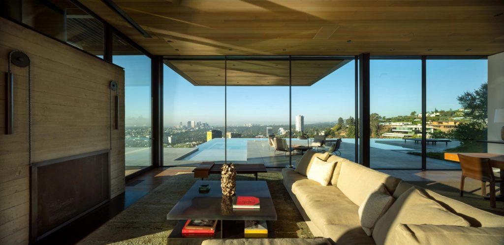 La escala paisajística más grande de Los Ángeles en Collywood 13