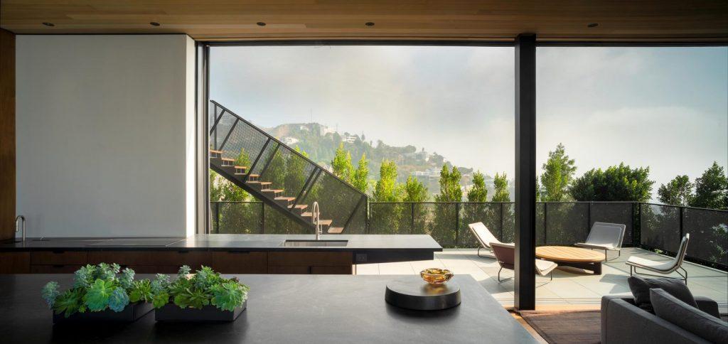 La escala paisajística más grande de Los Ángeles en Collywood 15