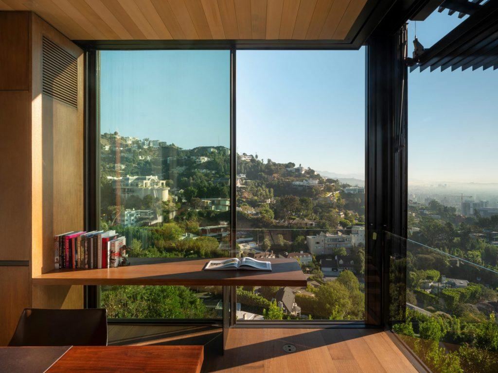 La escala paisajística más grande de Los Ángeles en Collywood 27