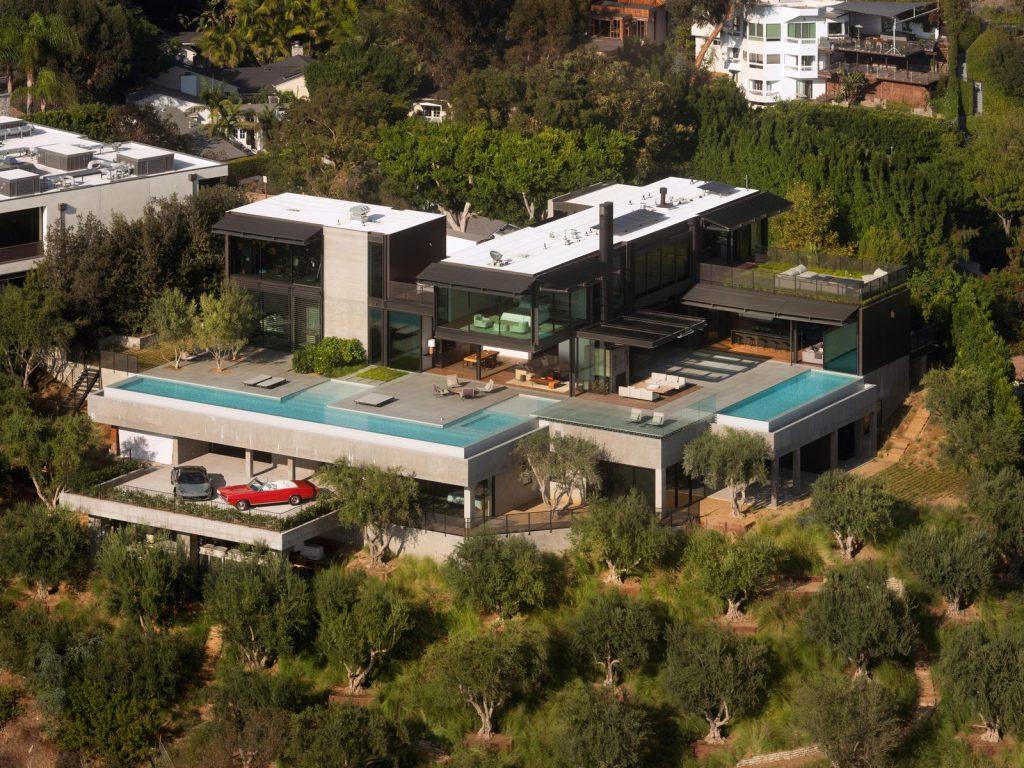 La escala paisajística más grande de Los Ángeles en Collywood 1