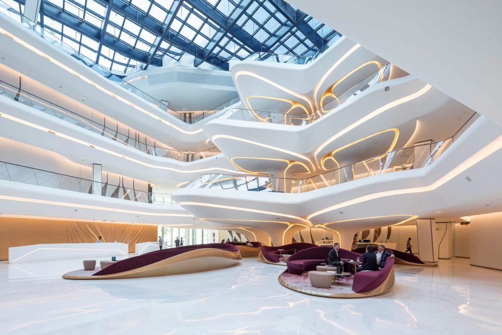 """Finalmente se completó """"ME Dubai hotel en el Opus"""". Un proyecto 100% diseño de Zaha Hadid. 14"""