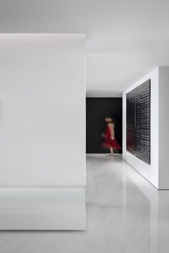 Una casa geométrica minimalista 6