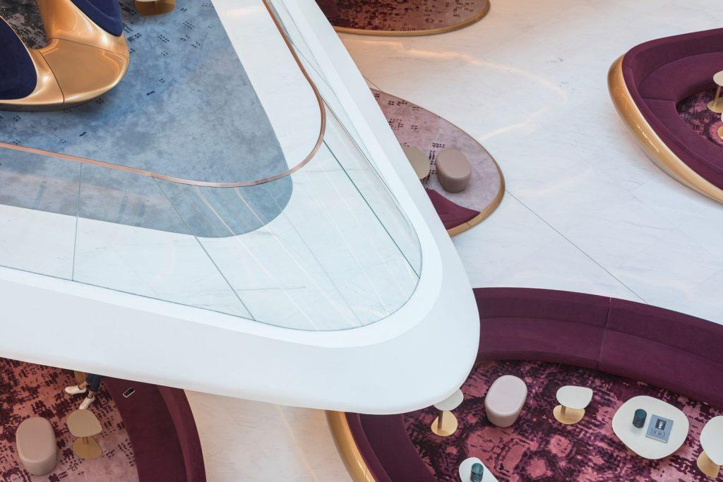 """Finalmente se completó """"ME Dubai hotel en el Opus"""". Un proyecto 100% diseño de Zaha Hadid. 17"""