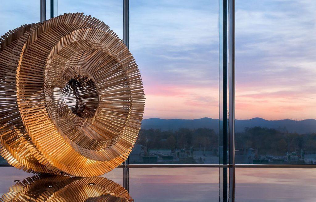Centro de Arte Moderno Sunac · Grand Milestone 10