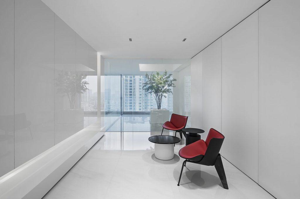 Una casa geométrica minimalista 12