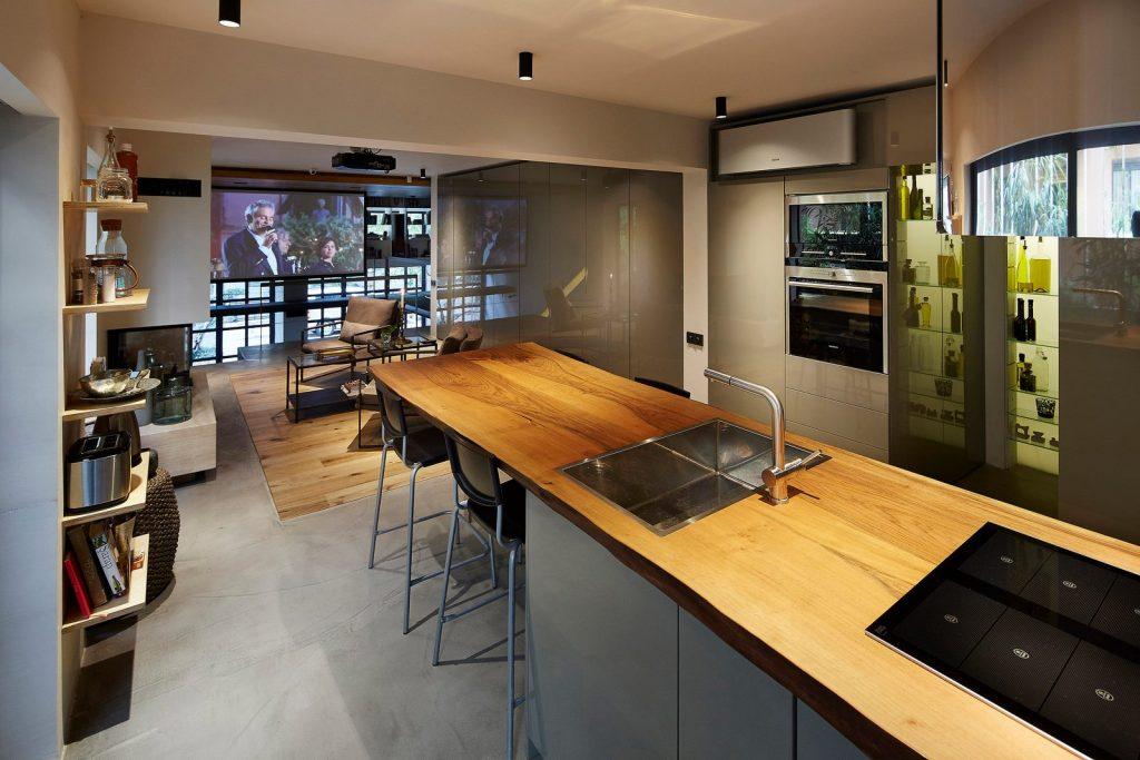 Studio Loft 24