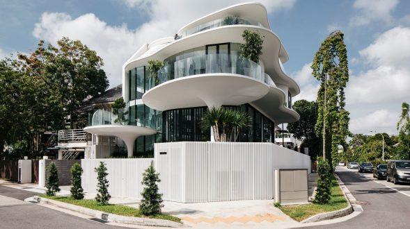 Con las curvas y sensualidad femenina EHKA STUDIO diseñó Stiletto House 7