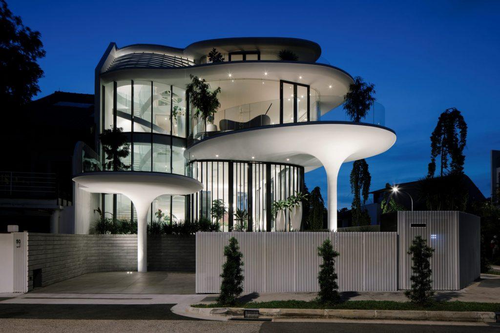 Con las curvas y sensualidad femenina EHKA STUDIO diseñó Stiletto House 5