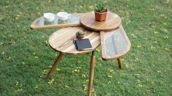 Una mesa que abre sus alas para servir café 16