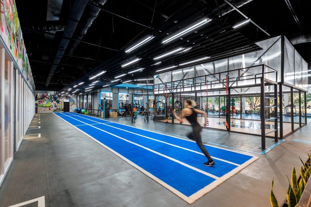 Fitship - Centro de entrenamiento físico integral 3