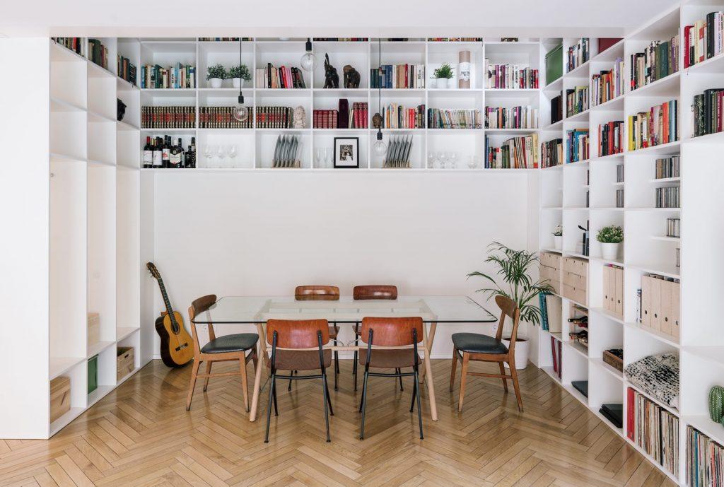 Una escalera integradora y protagonista en esta vivienda en Madrid 6