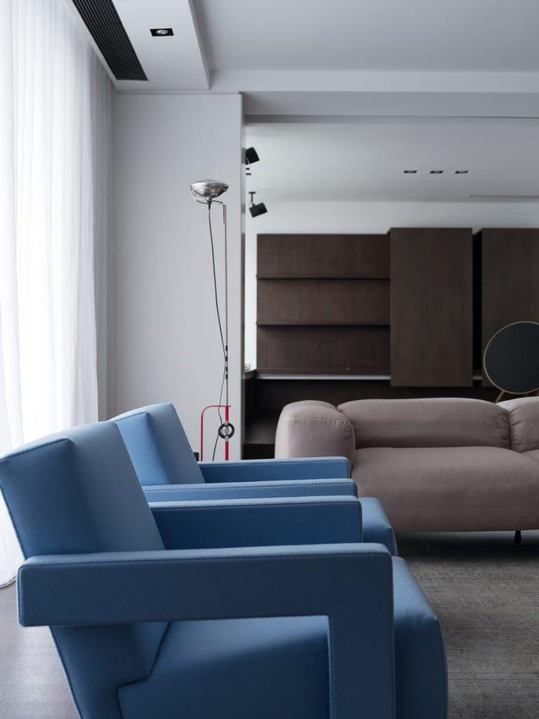 Hogar exploratorio, un vivienda moderna y minimalista 18