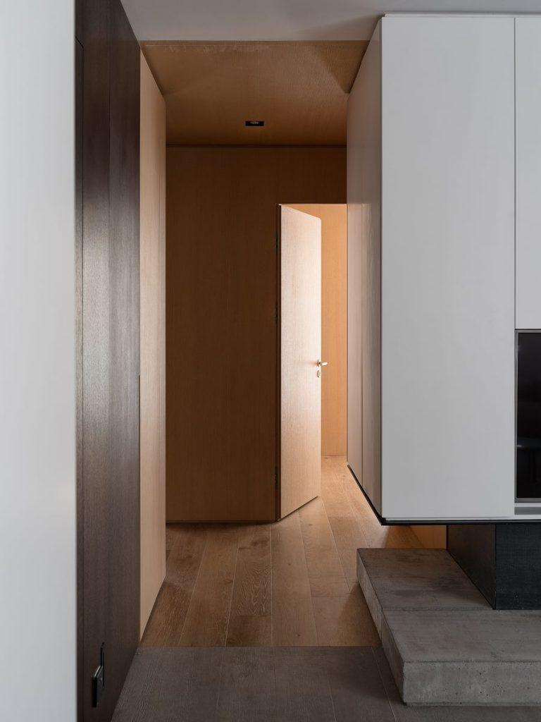 Hogar exploratorio, un vivienda moderna y minimalista 21