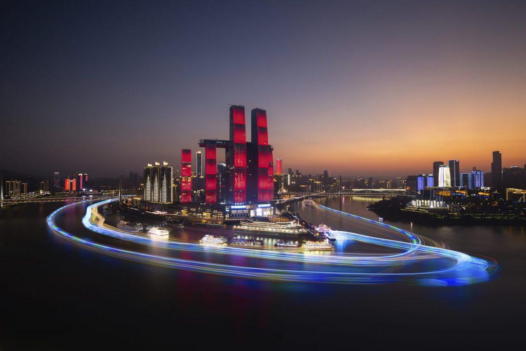 Una torre de Cristal horizontal de 300 metros de largo en Raffles City Chongqing 5