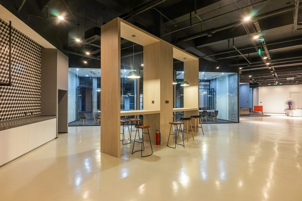 inDeco explora el futuro espacio de trabajo mediante diseño modular en las oficinas de Byton Nanjing 13