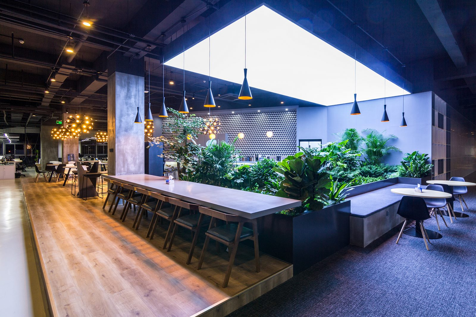 inDeco explora el futuro espacio de trabajo mediante diseño modular en las oficinas de Byton Nanjing 24