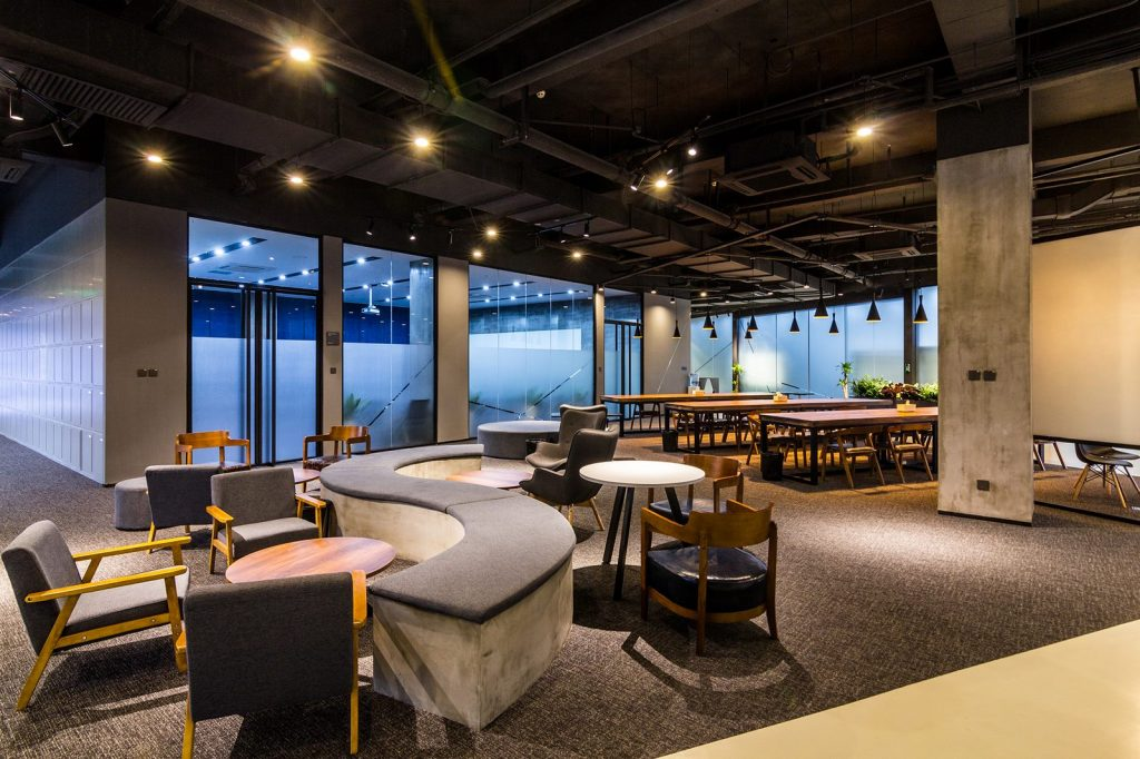 inDeco explora el futuro espacio de trabajo mediante diseño modular en las oficinas de Byton Nanjing 6