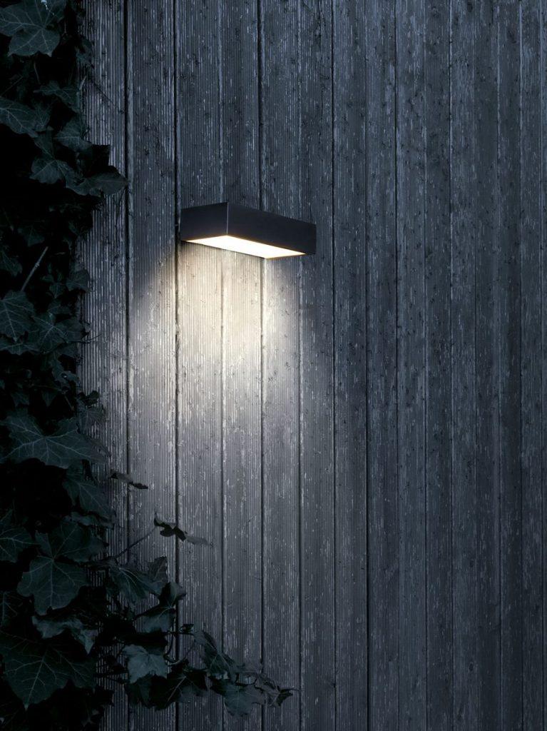 Nuevas propuestas de Flos con el sello de diseñadores destacados para iluminación exterior 24