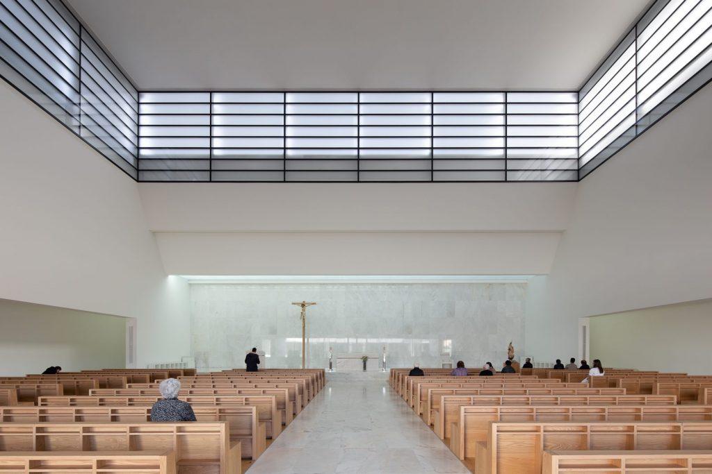 Iglesia Divino Salvador en Portugal 15