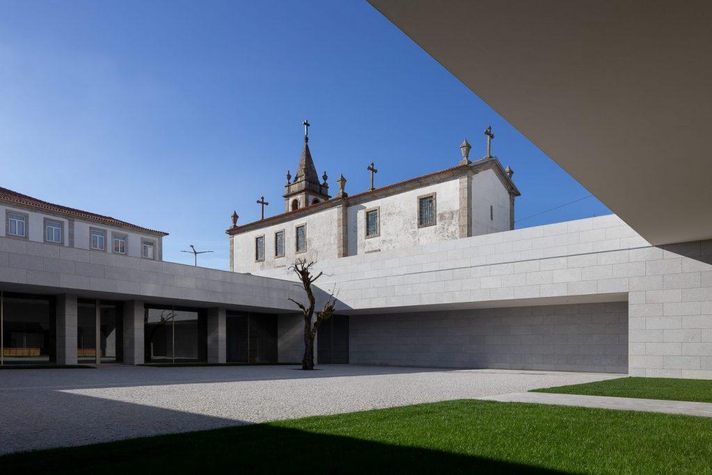 Iglesia Divino Salvador en Portugal 6