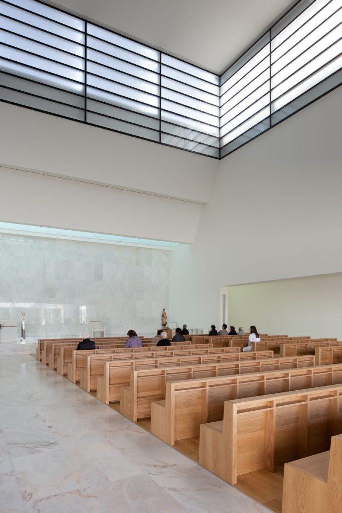 Iglesia Divino Salvador en Portugal 13