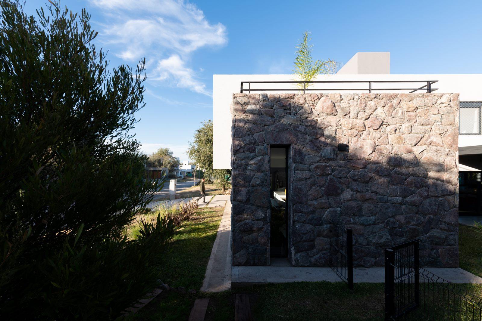 """Casa LVF en """"Villa Alende"""" 21"""