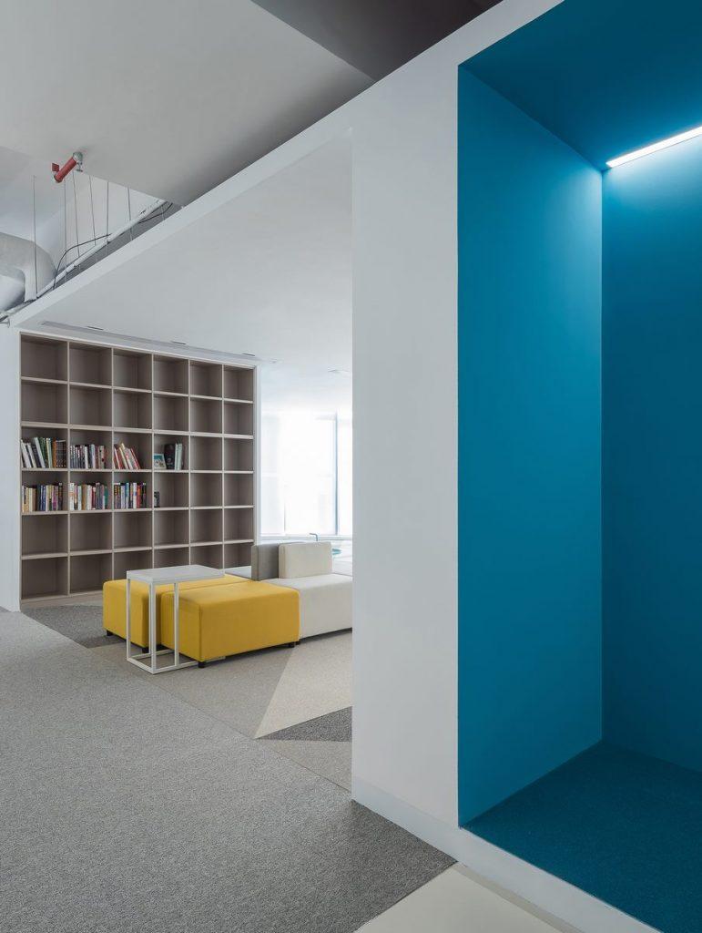 Oficina en el futuro: Sede de ViaBTC 2