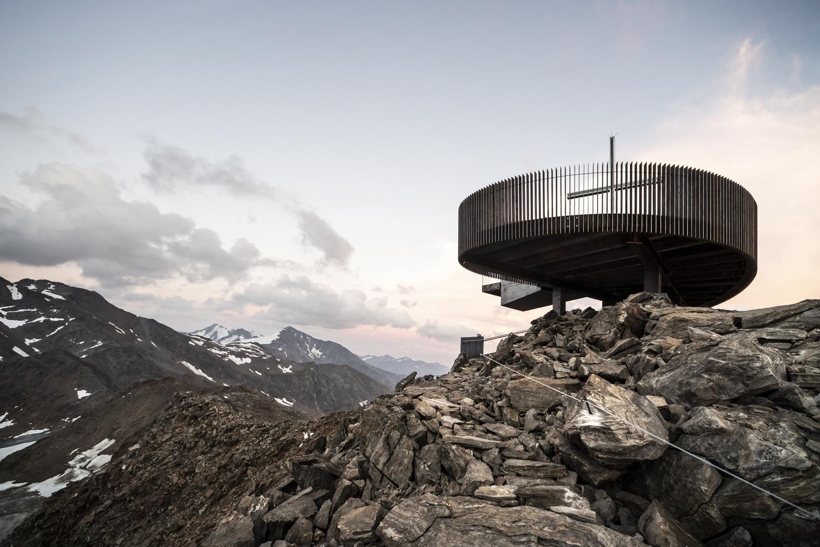 Pico Ötzi 3251m: Alcanzando la cima 22