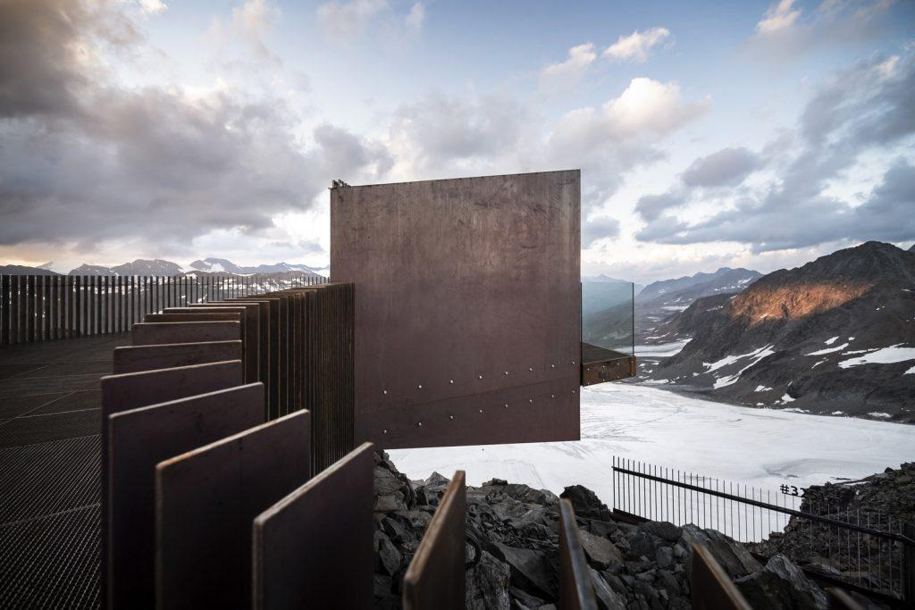 Pico Ötzi 3251m: Alcanzando la cima 1