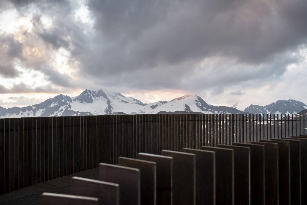 Pico Ötzi 3251m: Alcanzando la cima 2