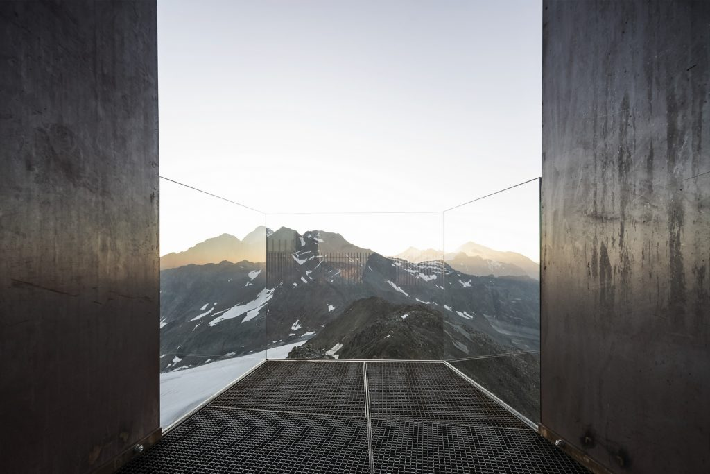 Pico Ötzi 3251m: Alcanzando la cima 7
