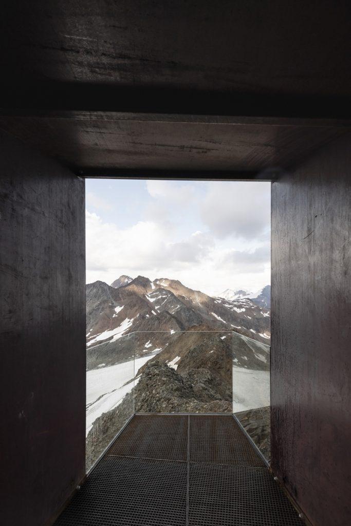 Pico Ötzi 3251m: Alcanzando la cima 10