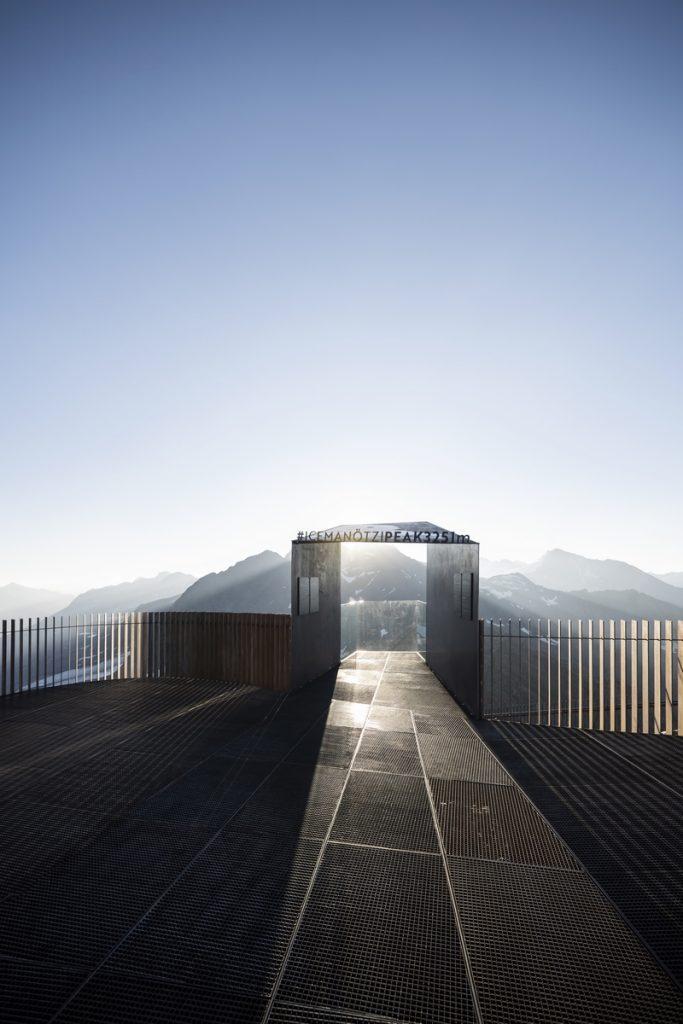 Pico Ötzi 3251m: Alcanzando la cima 11